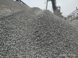 Black M/S STONEKKART 3/4 Inch Stone Chips, Packaging Type: Truck, Size: 30 Mm