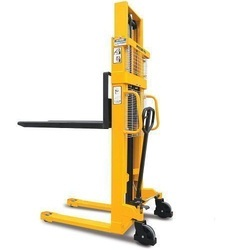 Hydraulic Battery Operated Stacker