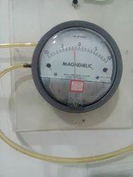 Sensocon USA Differential Pressure Gauge 10-0-10 Mm Wc