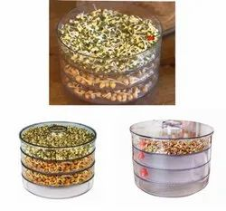 Transparent Plastic Sprout Maker with 4 Compartment, Round Box