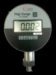 Digital Master Pressure Gauge