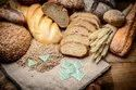 Oxygen absorber for dry fruits
