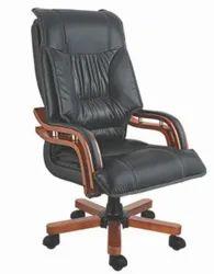 DF-005 CEO Chair