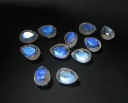 Rainbow Moonstone Faceted