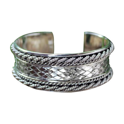 54a476f4a8bd6 Silver Bracelets
