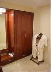 Suite Room Rental Service