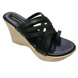 Shenaya Black and Cream Ladies PU Slippers, Size: 6-11