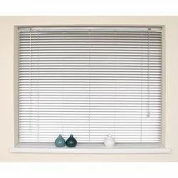 PVC Many colour options are available Vertical Venetian Blind, Size: 2-3 Feet, for Window