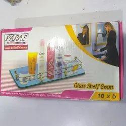 Glass & shelf corner