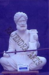 Sarangiwadek Fok Statues