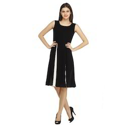 Sleeveless Black Dress, Size: M