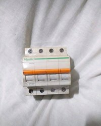 C32 Schneider Electric Circuit Breaker