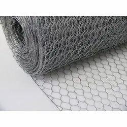 Welded Wire Mesh Hexagonal Wirenetting, For Industrial, Thickness: 18 Gauge To 26 Gauge