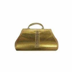 Hand Cultch Zari Gold Ladies Golden Party Wear Clutch, Size: 9 Inch
