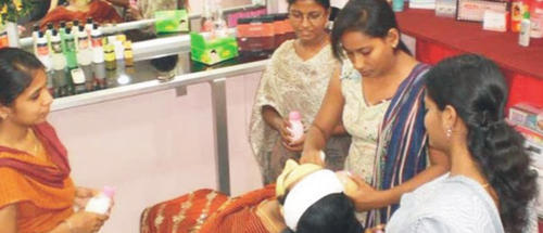 ils chennai service provider of diploma in mobile service  diploma in beauty career and hair styling