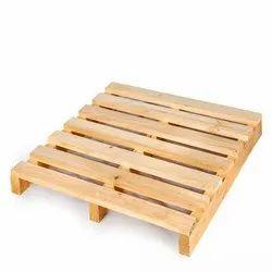Two Way Rectangular Hardwood Industrial Wooden Pallets, Capacity: 1000-2000 Kg