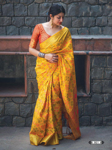 b6c51584ad Silk Patola Saree Unstitched Blouse, Saree Length: 5.5 M, Rs 1575 ...