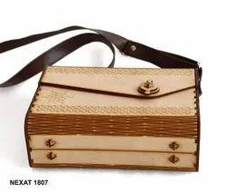 Hetvi Trend Handbags MDF Wooden Purse Hand Bag, 150gm, Size: Meadium