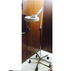 Stand Magnifying Lamp