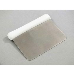 Nylon Handle Dough Cutter