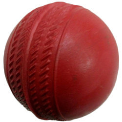 Cricket equipment in madurai tamil nadu manufacturers suppliers student rubber red cricket ball solutioingenieria Images