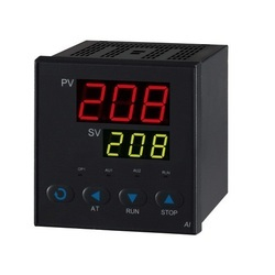 Digital Temperature Indicators /Controllers