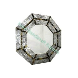 F819 Resin Wall Mirror, Packaging Type: Box