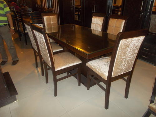 Dining Table Set At Rs 21000