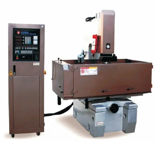 Berlin Machine Corporation, Pune - Exporter of Lathe Machine