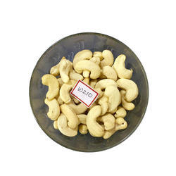 250 g W210 Organic Cashew Nuts, Packaging: Packet