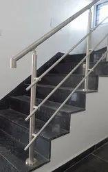 TRA633-R3-319 Round stair handrail