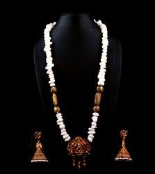 SPJ022 Semi Precious Stone Beads Ganesha Temple Pendant