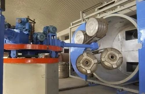 Mild Steel Automatic Independent Arm Bi Axial Roto Machine, Capacity: 5000-10000 L, Upto 1 Lac Litre