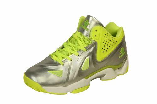 Basketball Shoes at Rs 2500/pair