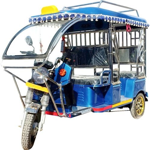 ESAFAR Battery Operated E Rickshaw