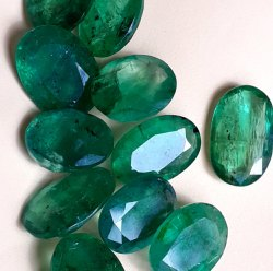 Kiran Jewellers Light Green Natural Zambian Emerald Gemstones, Size: 5 mm, Carat: 3-4 Carat