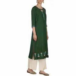 Casual Wear 3/4th Sleeve Ladies Fancy Rayon Kurti, Size: M-5XL, Wash Care: Machine wash