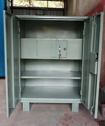 Grey Small Office Metal Almirah, Size/Dimension: 15x30x50