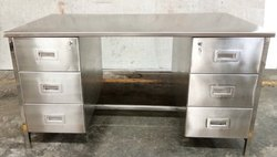 Stainless Steel Pharmaceutical Tables