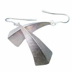 Ladies Metal Earrings
