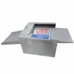 Digital Creasing & Perforating Machine 13