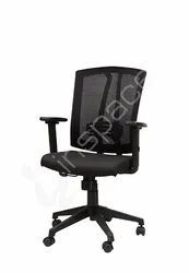 Titan MB - Junior Executive Chair