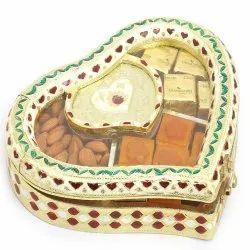 Heart Minakari Dry Fruit Box