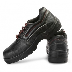 Bata Bora Safety Shoes