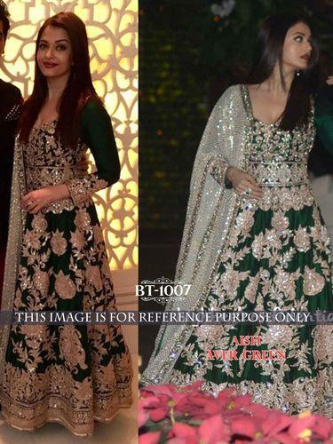 Bollywood Gown Style Lehenga at Rs 2125 /piece | Bollywood Replica ...