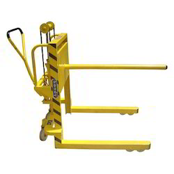 Handy Hydraulic Mobile Reel Lifter