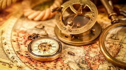 Magnifying Compass