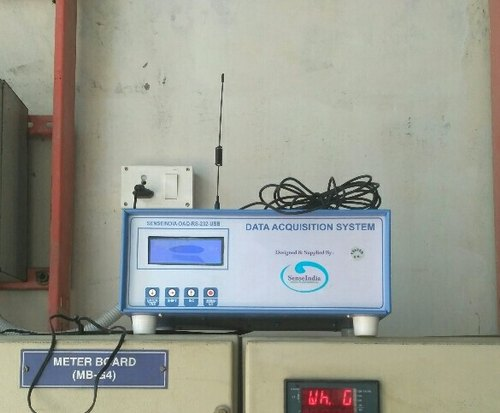 Digital water level recorder