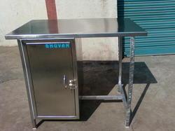 Stainless Steel Locker Table
