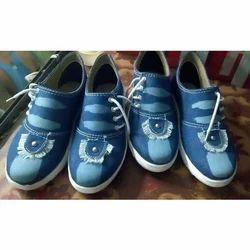 Piya Ladies Canvas Shoes